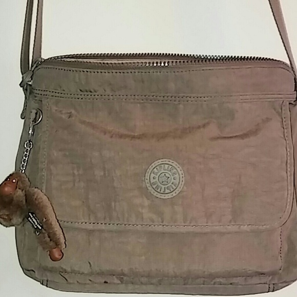 quality products superior materials preview of Kipling Aisling crossbody